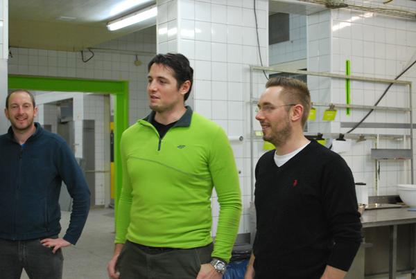 Marc Schlegel (re.) und Matthias Kramer (mi.) sind die beiden Gründer von lizza. Stefan (li.) unterstützt die beiden.